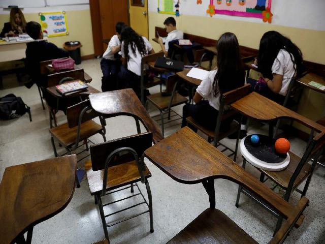 Crisis en Venezuela promueve que niños y jóvenes abandonen los estudios 1