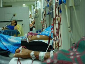 Enfermos de insuficiencia renal en el IVSS al borde de la muerte 1