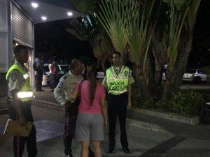 Dos antisociales heridos tras enfrentamiento en Farmatodo de La Lagunita 1