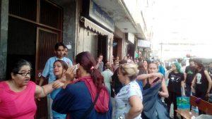 Cinco personas heridas tras explosión en Chacao (+Fotos) 3