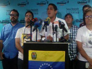 El diputado José Manuel Olivares revela el sueldo de los militares 1