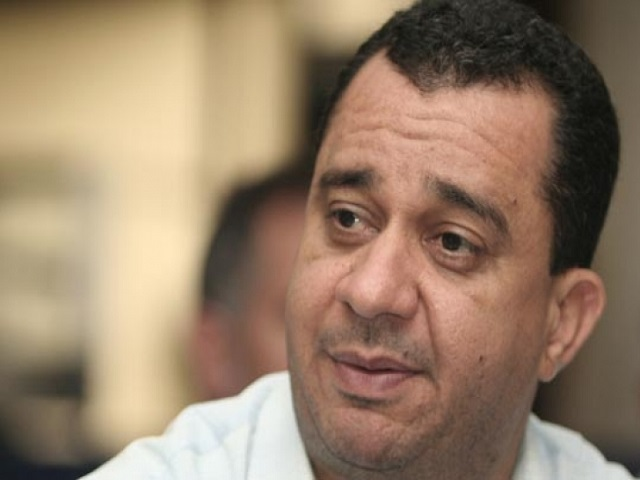 Julio Chávez afirma que ANC no resolverá crisis económica del país 25