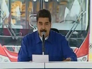 """Maduro aprueba financiamiento al plan """"Soy Joven"""" en Petare 1"""