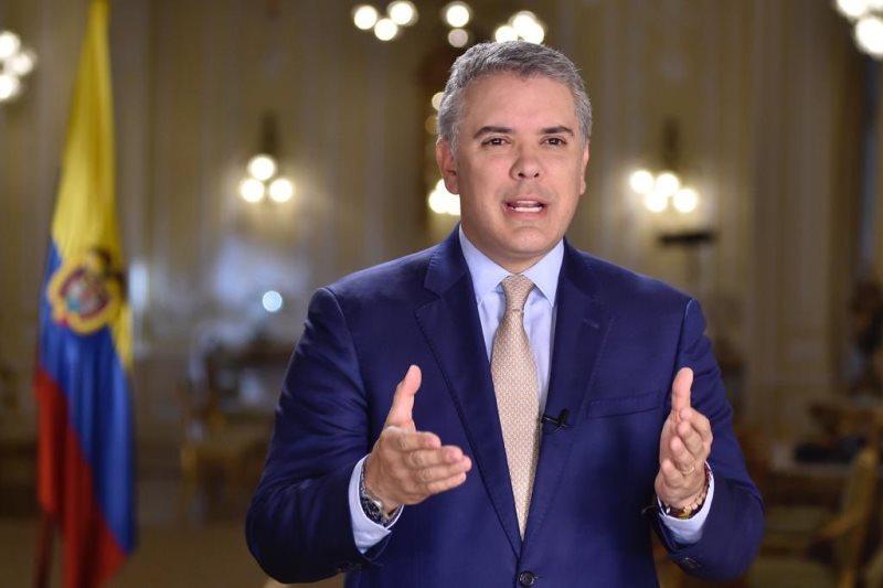 Decretos del presidente Duque solo benefician al sector financiero Alexander López (video) 4