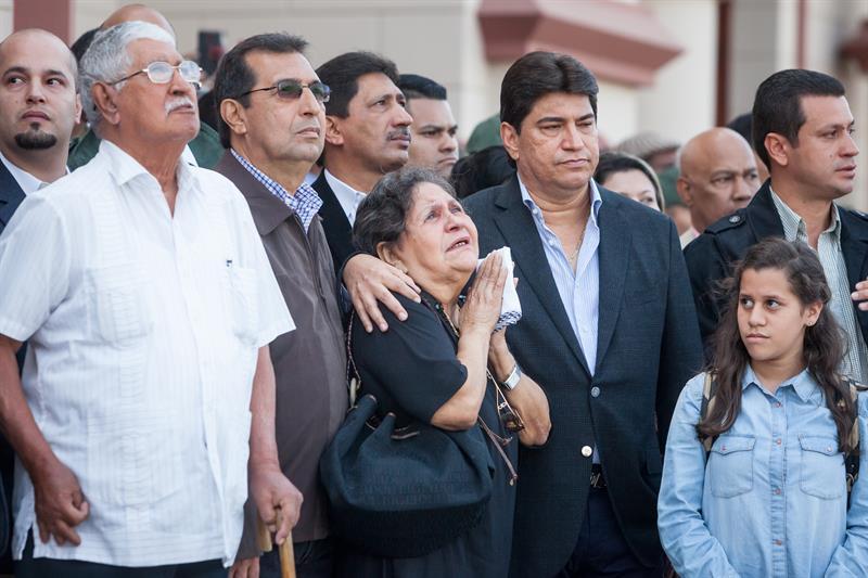 Se rumora el posible fallecimiento de la madre de Hugo Chávez (VIDEO) 8