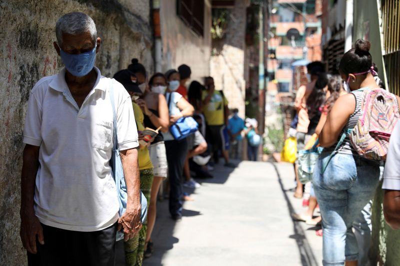 ¡Nuevo récord! Con 701 contagios Venezuela alcanzó 17.859 casos positivos por Covid-19 24