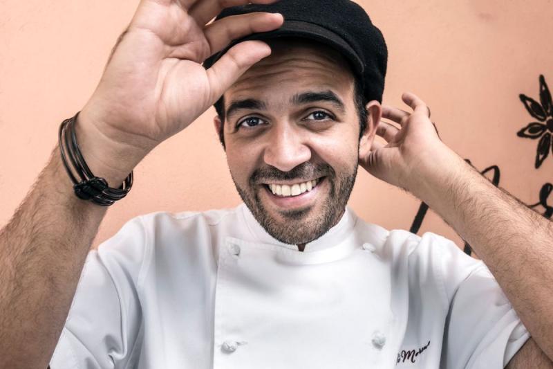 Chef Víctor Moreno sale esposado de su restaurante en Altamira (VIDEO) 2