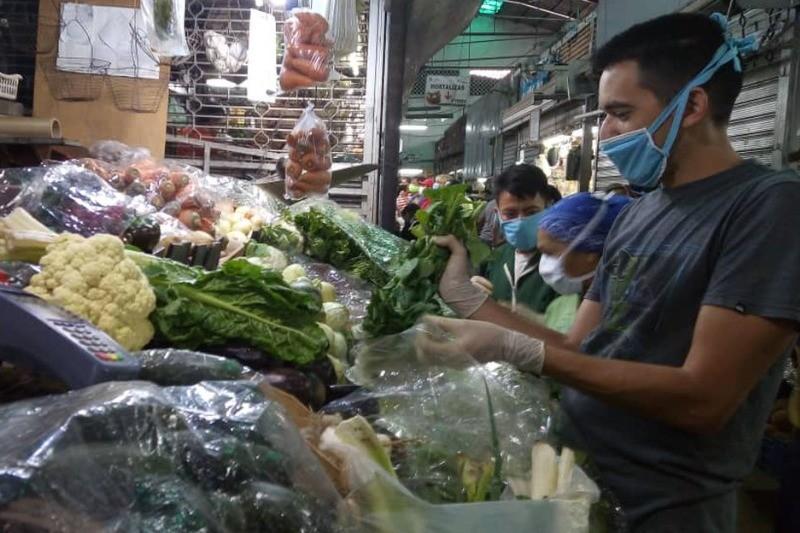 Establecen nuevos horarios y días laborables para mercados municipales de Caracas 3