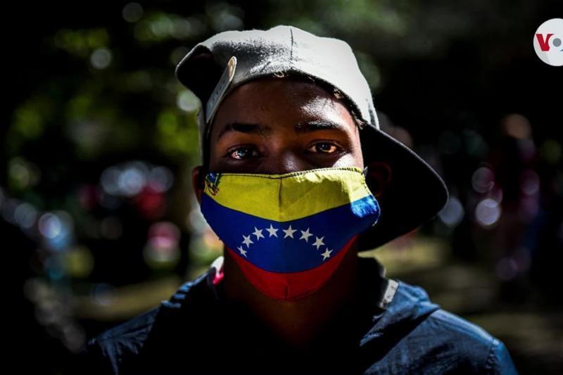 """Venezolanos indocumentados en Curazao podrán solicitar residencia por """"razones humanitarias"""" 1"""
