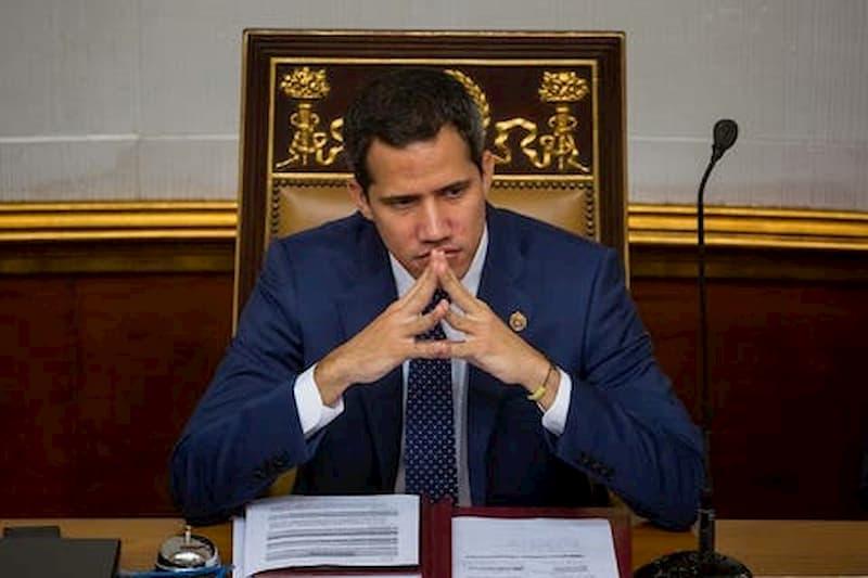 Expertos creen que liderazgo de Guaidó está en punto trágico (video) 39