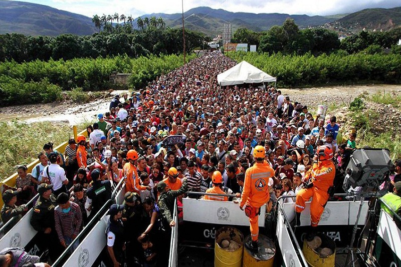 Freddy Bernal advierte que no está previsto abrir la frontera 8