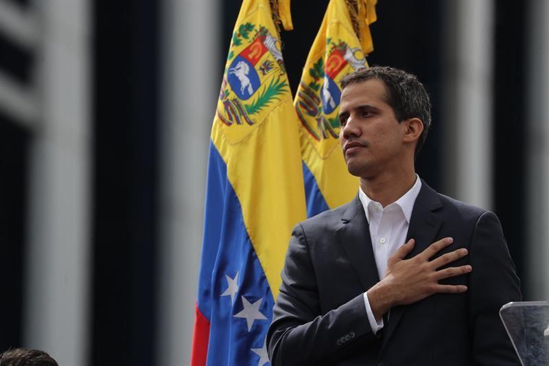 Lo que propone Guaidó para burlar el bloqueo de Maduro a los Héroes de la Salud (video) 6