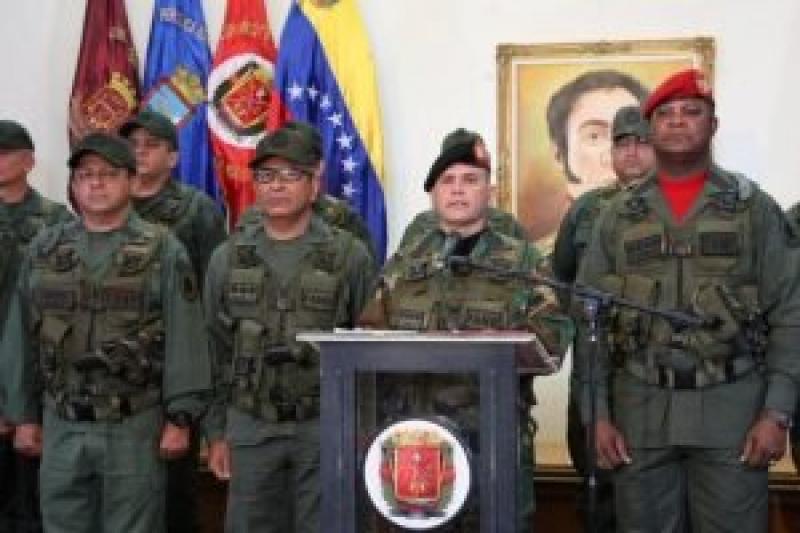 Colombia prepara una agresión y la FANB responderá con fuerza 13