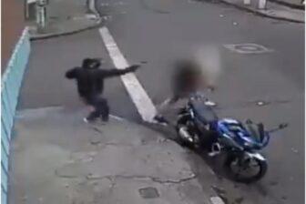 En Video: Un sicario dispara a la cabeza de un hombre y sobrevive 1