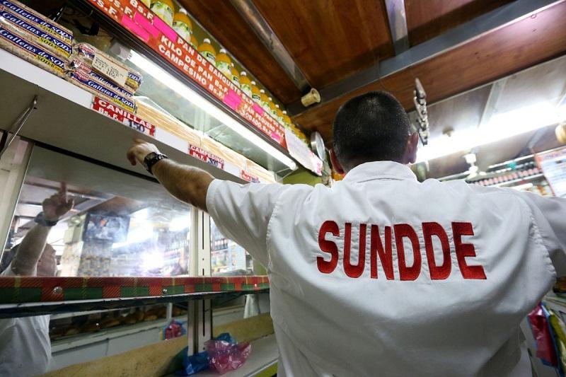 Maduro ajustó los precios en estos tres supermercados de Caracas (detalles) 8