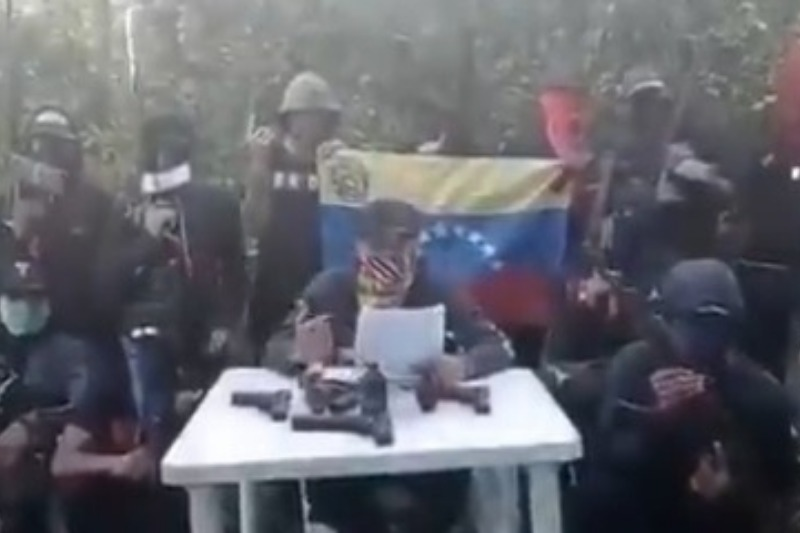 Grupos armados de El Callao que controlan el Arco Minero quieren dialogo con Maduro (video) 1