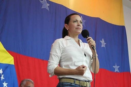 ¿Por qué Guaidó no le da un parado a Maduro? Corina Machado responde (video) 1
