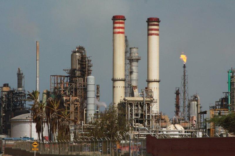 La gasolina iraní que desembarcó en la refinería El Palito no llega a 90 octanos 47