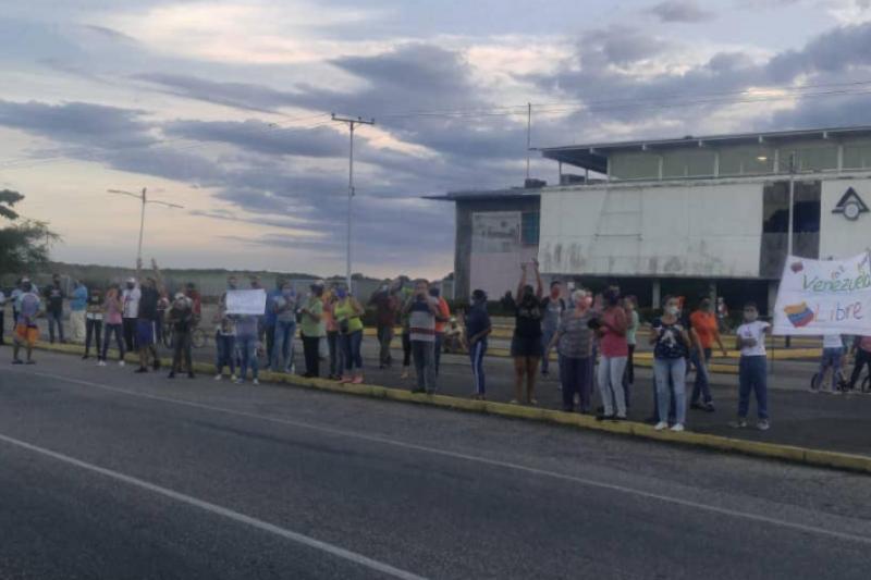 Protestas en San Carlos deja cuatro heridos y 12 detenidos (detalles) 28