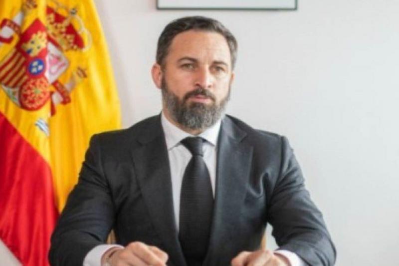 Diputado español denuncia que Maduro organiza presunta estafa para perpetuarse en el poder 10