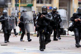 Investigación disciplinaria a 65 policías por presunto abuso de autoridad en protestas 1