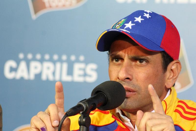 Capriles le pide a Estados Unidos y a Europa poner fin al reconocimiento del gobierno interino de Guaidó 7