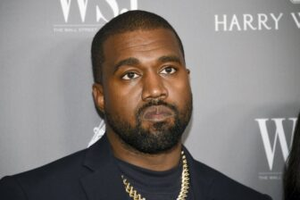 Kanye West orinó un Grammy a modo de protesta (Video) 1