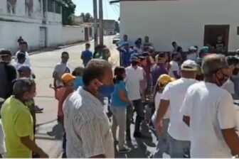 """""""Libertad, hambre, queremos gas"""": El grito de protesta de los zulianos (video) 1"""