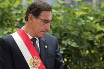 """Por qué destituyeron a Martín Vizcarra y cómo es el """"agujero negro"""" al que se asoma Perú 1"""