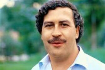 """Sobrino de Pablo Escobar asegura que gracias a un """"fantasma"""" halló un tesoro de su tío (foto) 1"""