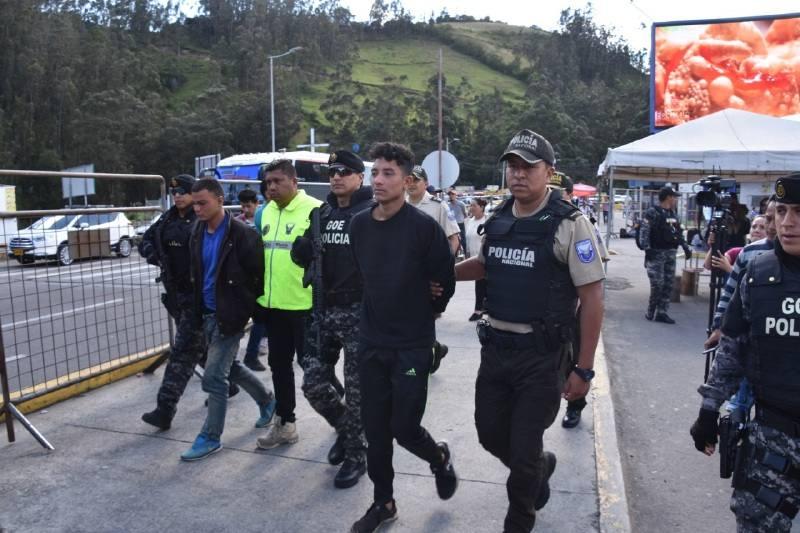 Detenidos 2 venezolanos en Bogotá por tortura y prostitución de menores de edad 30