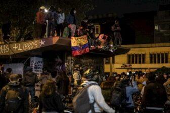 Protestas en el país dejaron 13 capturados, 4 CAI vandalizados y 42 heridos en Bogotá 1