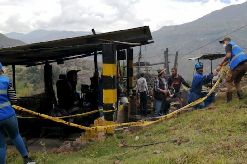 Dos mineros muertos en accidente en mina de Boyacá 12