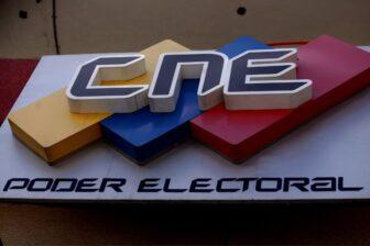 CNE exprés presenta las nuevas máquinas electorales (Fotos-Videos) 1