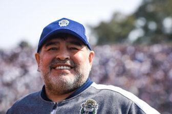 Maradona se pone en cuarentena por sospecha de Covid-19: «Les mando un beso grande y muchas gracias a todos» 1