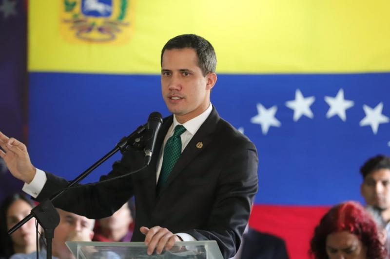 Guaidó: Estamos hombro con los venezolanos 1