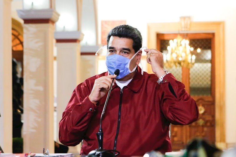 Maduro dice que donó 14.000 bombonas de oxigeno a Brasil para aliviar crisis en Manaos 1