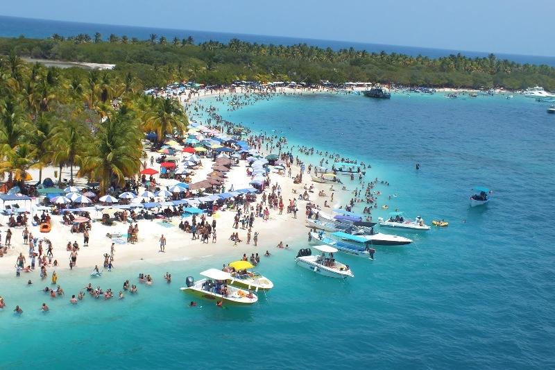 """Este es el horario en el cual se podrá disfrutar de las playas y balnearios del país durante la nueva """"flexibilización"""" anunciada por Maduro 4"""
