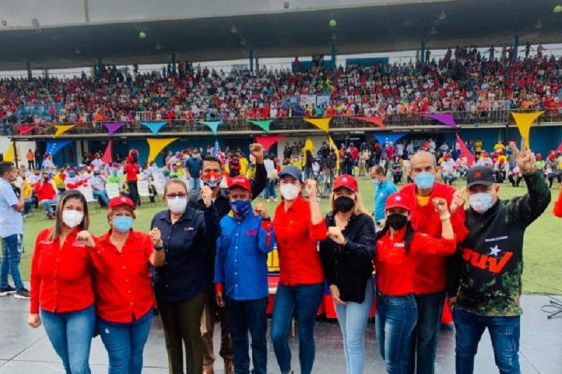 El chavismo comenzó su campaña al show electoral sin normas de bioseguridad 10
