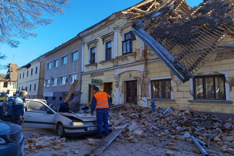 Las primeras imágenes del sismo de magnitud 6,4 en Croacia 2