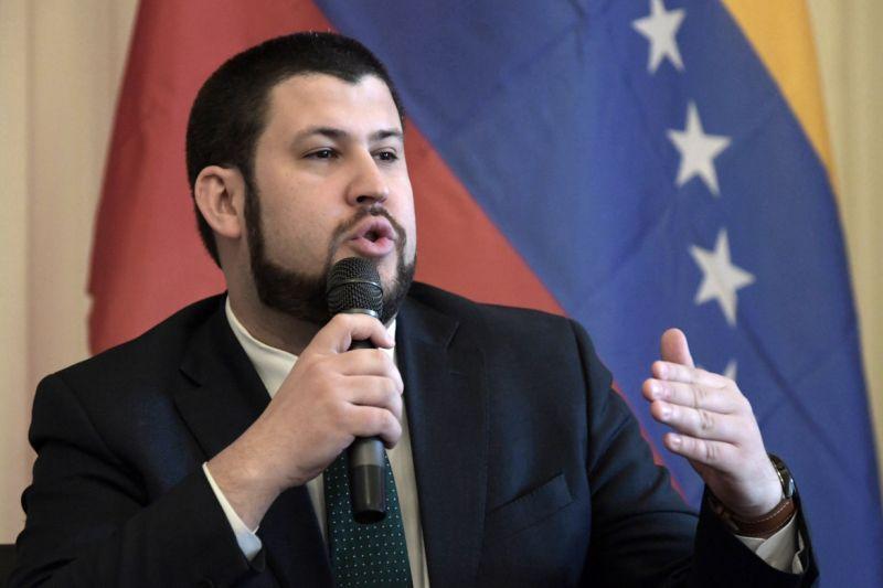 """""""La gente no dejará de huir mientras siga el régimen"""": La dura advertencia de David Smolansky 4"""