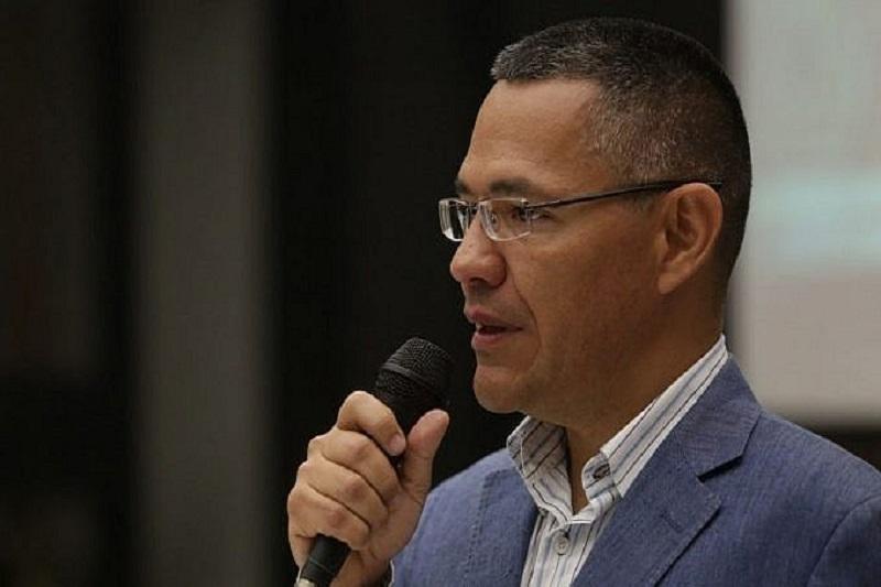 """Ernesto Villegas anuncia que dio positivo por COVID-19: """"Con la ciencia y ayudaíta de Dios, venceremos"""" 1"""