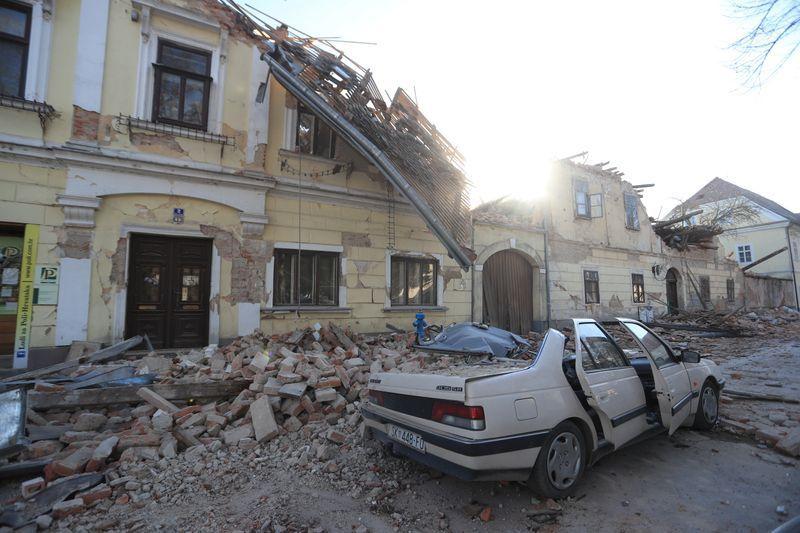 Captan el momento exacto en que ocurrió el terremoto de magnitud 6.4 en Croacia 1