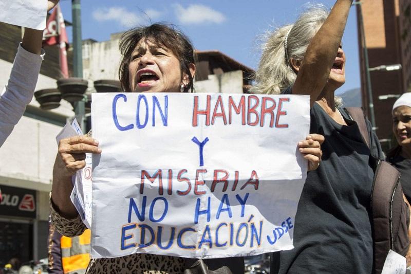 """El pago de beneficios a los docentes venezolanos va """"a paso de morrocoy"""" 2"""