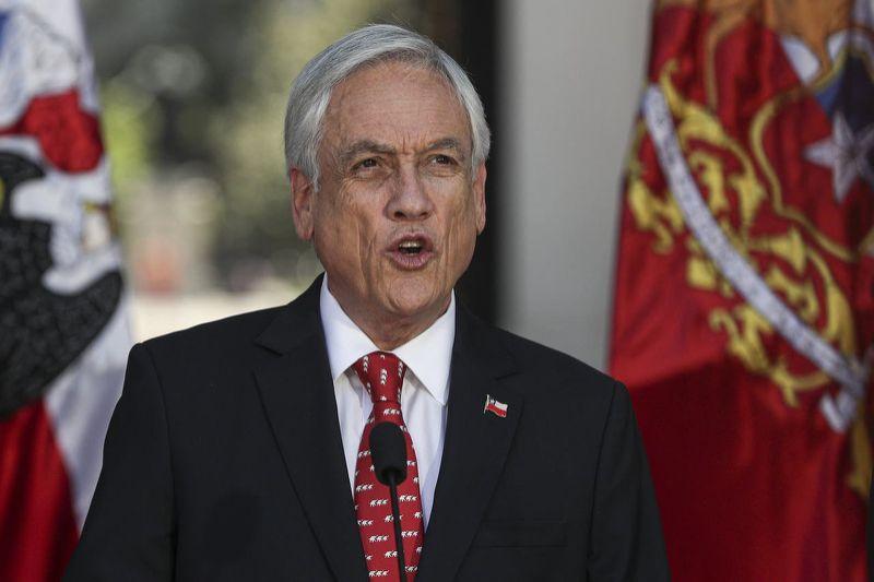 ¡Nadie se escapa! Multaron a presidente de Chile por no usar mascarilla 3