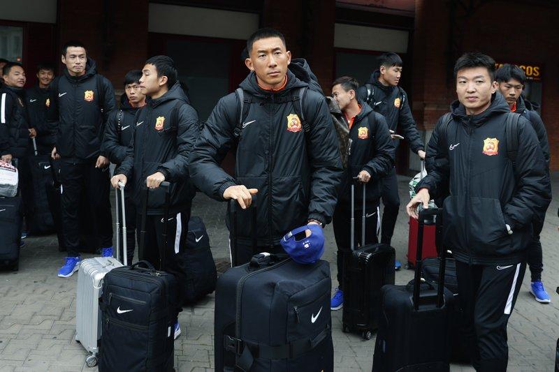Wuhan vuelve a permitir a sus residentes salir a la calle sin mascarilla 4