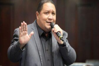José Brito justifica duro ataque a la prensa: Le digo a los periodistas que son homosexuales para estremecerlos (Video) 1
