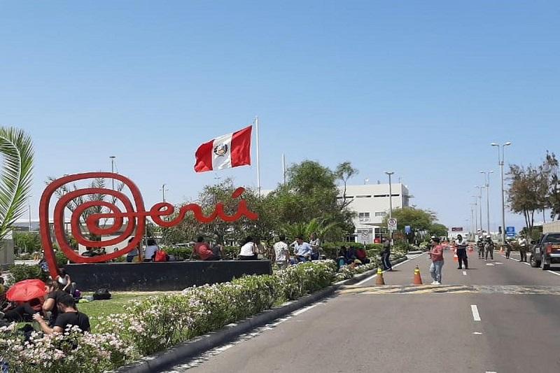 Perú levanta cuarentena y reduce horario de toque de queda 26