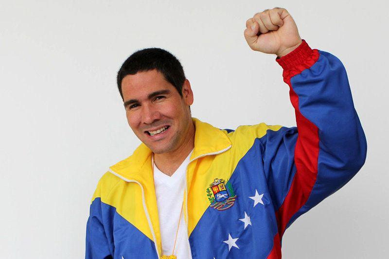 """""""No más Guaidó y su cartel terrorista"""": el mensaje de Winston Vallenilla en apoyo a la AN (Video) 1"""