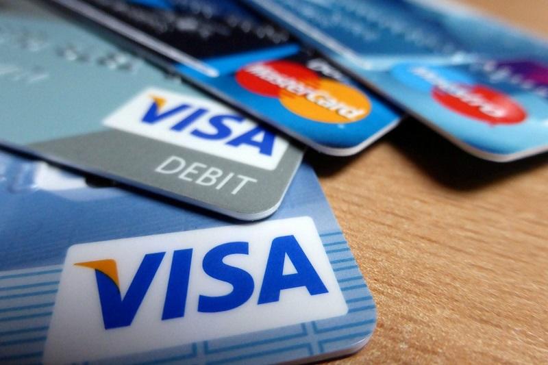 BCV elevó las tasas de interés de las tarjetas de crédito a 60% 2